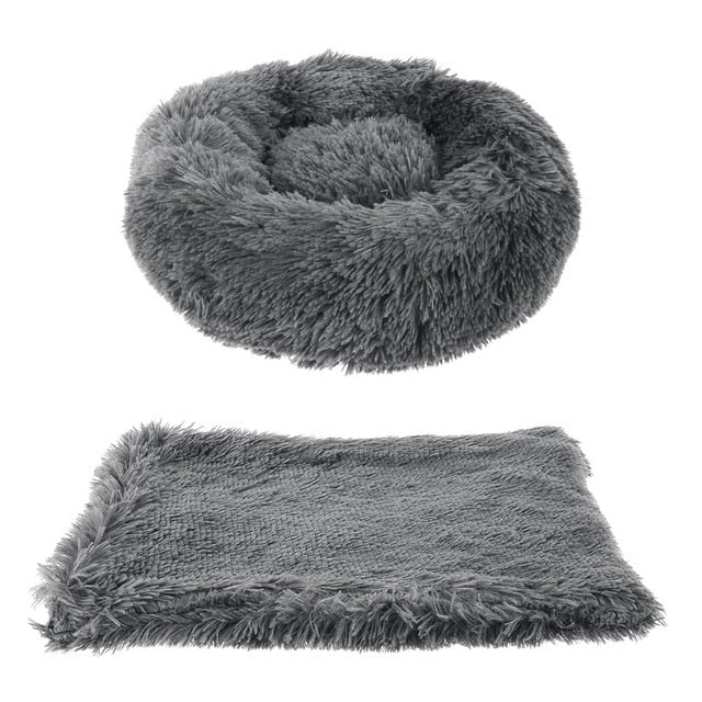 Long plush stress relief bed with free matching blanket