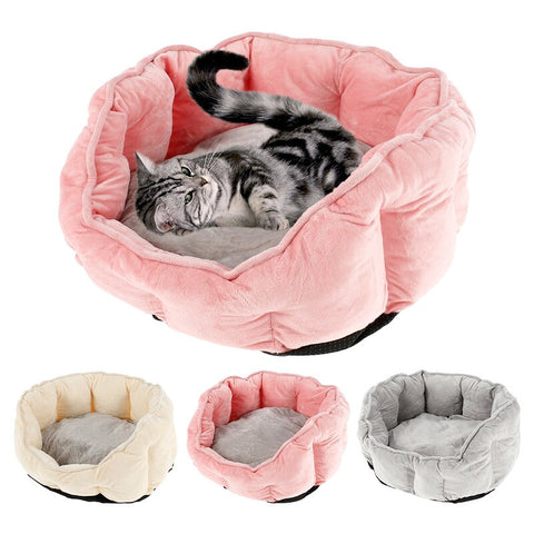 Cosy winter warm pet bed