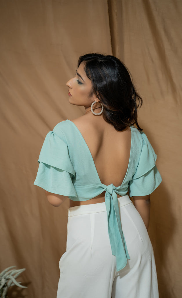 Ruffle sleeve crop top