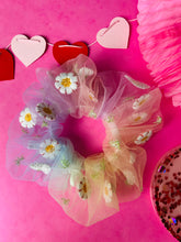 Load image into Gallery viewer, Daisy chain tulle scunchie VDAY collection
