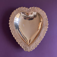 Load image into Gallery viewer, Copper Heart Dish