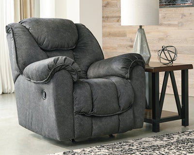 Capehorn Signature Design by Ashley Recliner