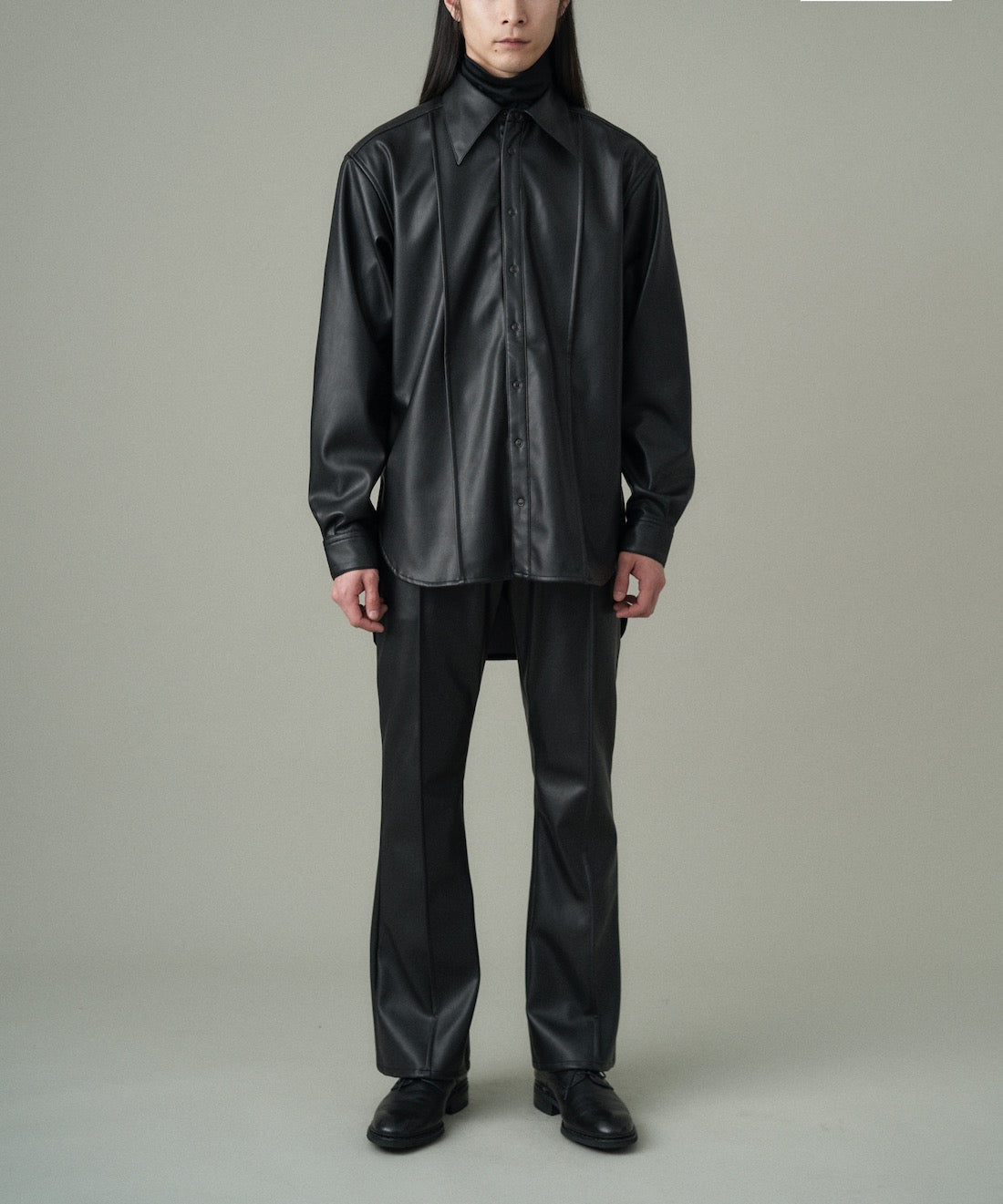 SYNTHETIC LEATHER PIN TUCK SHIRT