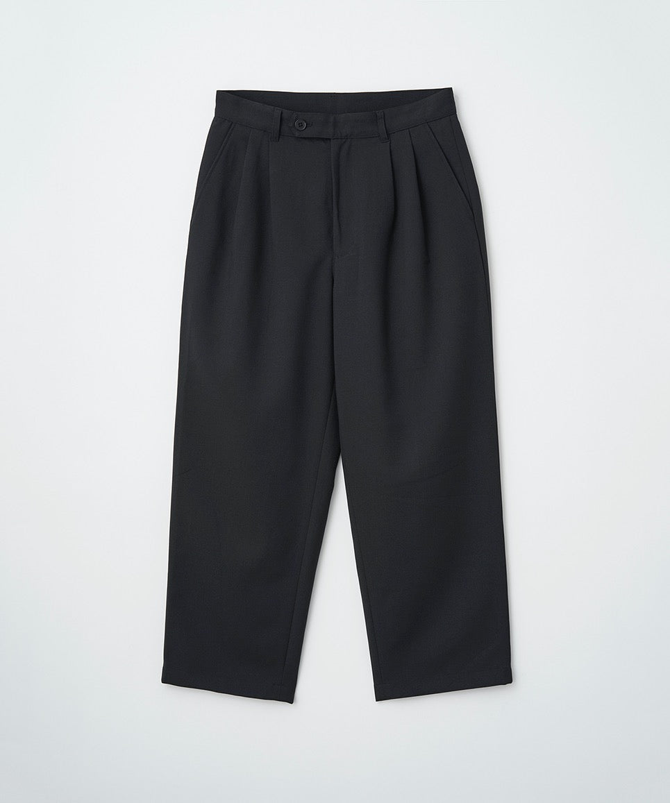 2TUCK TAPERED CROPPED PANTS