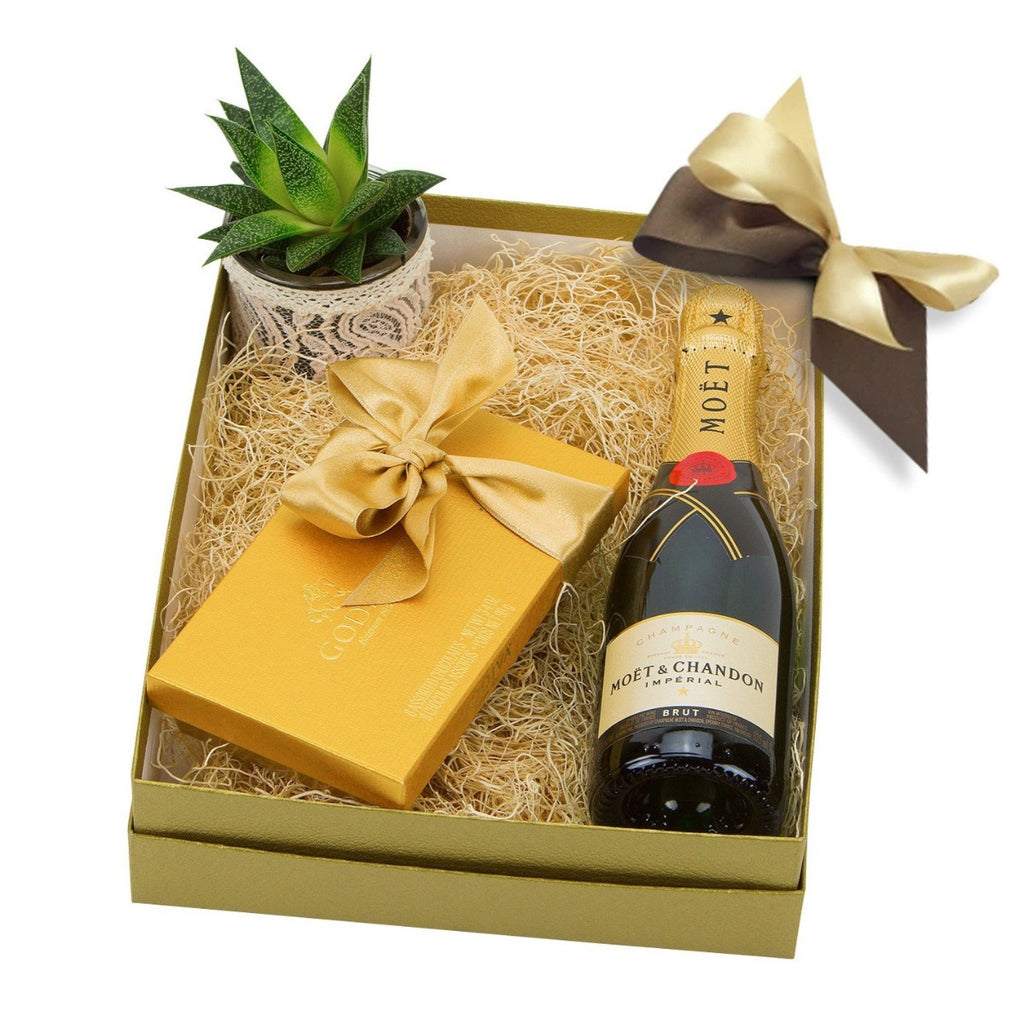 Champagne Moet Gift Box