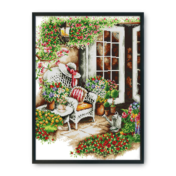 Cozy in front of the house - 14CT Stamped Cross Stitch - 44*58cm