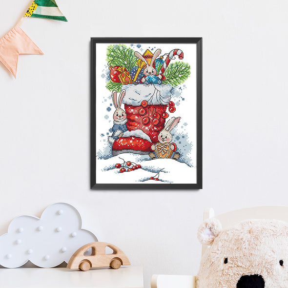 Bunny In Christmas Boots - 14CT Stamped Cross Stitch - 21x31cm