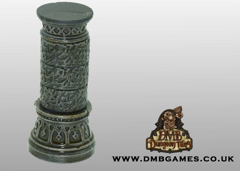 Topped Gothic Pillar: Pack of 2