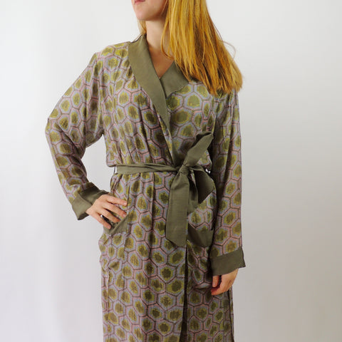 HONEYCOMB DRESSING GOWN