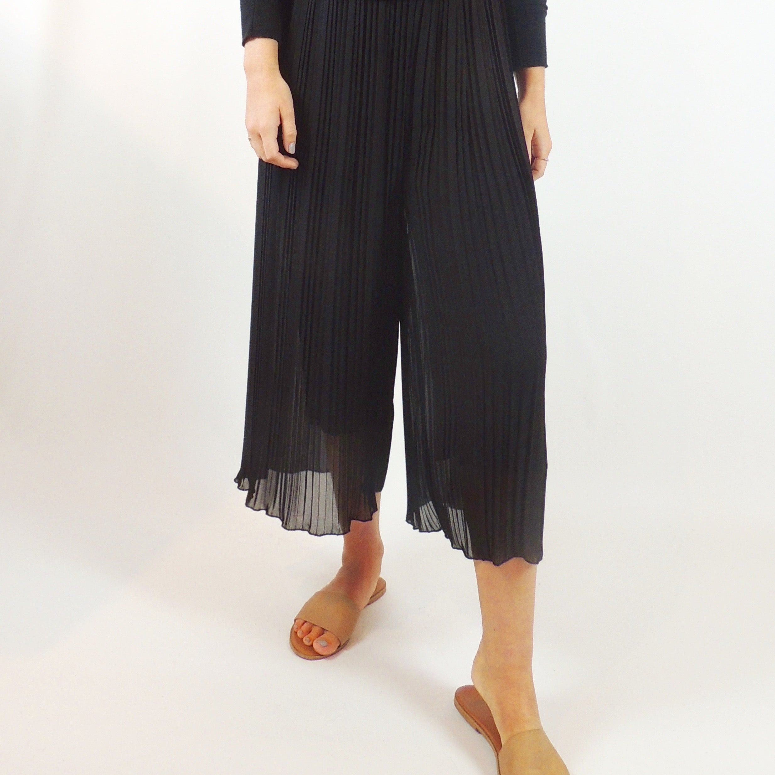 MICRO PLEAT TROUSERS