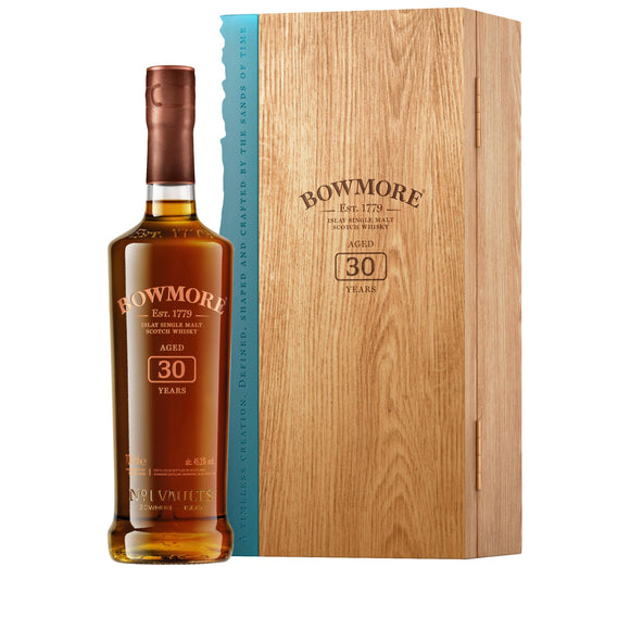 Bowmore 30 Year Old (70cl, 45.3%).