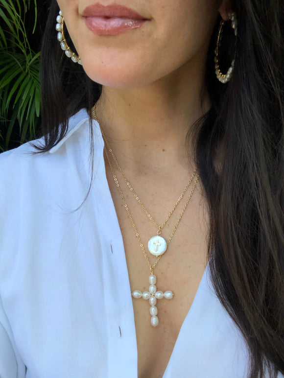 Ile Fresh Water Pearl Cross