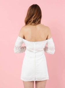 The Natural People - Mini Dress with Laces Details on the Sleeves