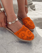 Load image into Gallery viewer, Orange Straw Knit Detailed Slippers