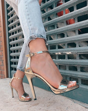 Load image into Gallery viewer, Gold High Heels