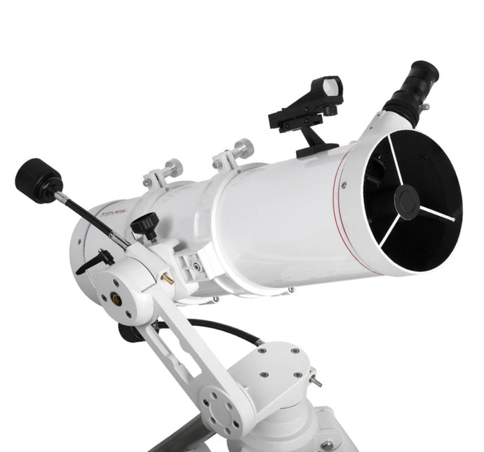 Explore FirstLight 5-inch Newtonian On The Twilight Alt/AZ Mount With Accessories