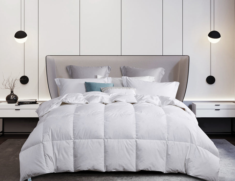 Martha Stewart White Goose Down & Feather Comforter