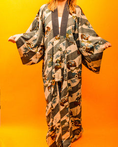 Jade Dragon Snow Kimono - The Bearded Gypsy Vintage Co.