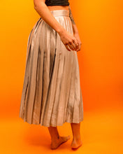 Load image into Gallery viewer, Silver Silk Pleated Skirt - The Bearded Gypsy Vintage Co.