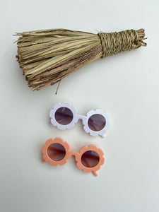 Kastinator & Bear Sunflower Sunglasses - The Bearded Gypsy Vintage Co.