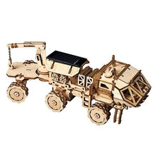 Load image into Gallery viewer, Moveable 3D Wooden Solar Robots