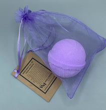 Load image into Gallery viewer, Unwind Bath bomb