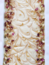 Load image into Gallery viewer, Magnolia Blossom Soap