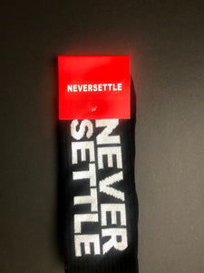 NEVERSETTLE BLACK SOCKS (5767502004389)