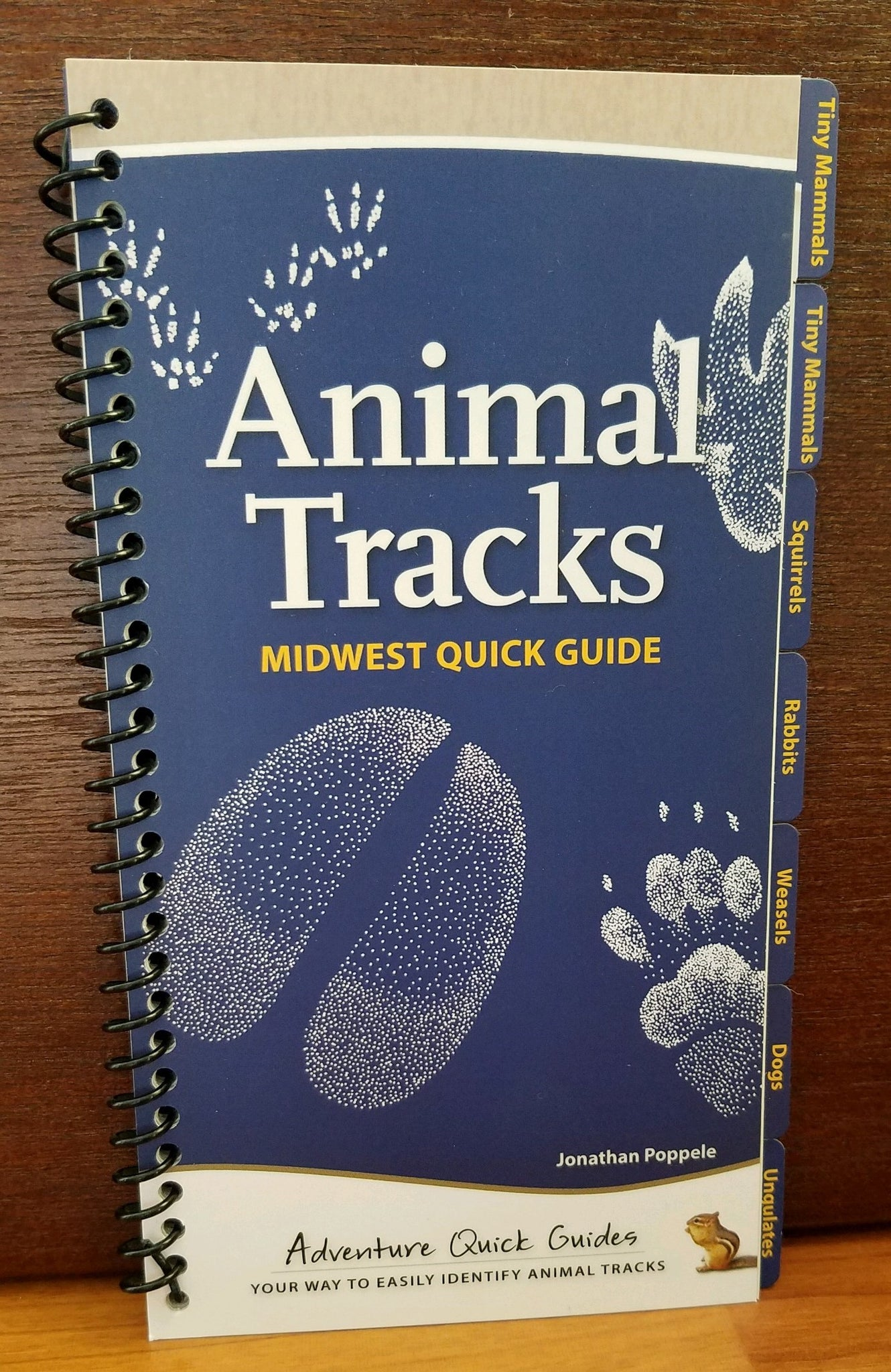 Animal Tracks Midwest Quick Guide