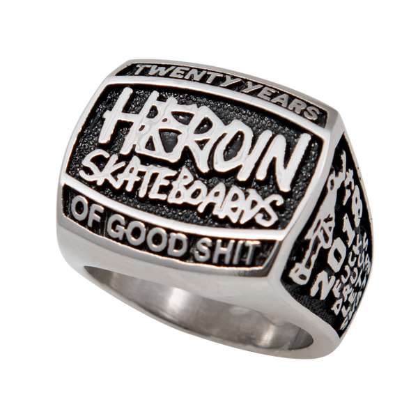 Heroin 20 Years Ring