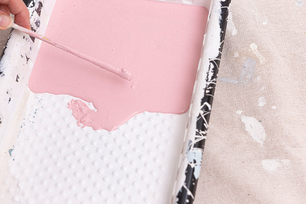 Paint_Side_Table_in_Palm_Springs_Pink_Milk_Paint_by_Fusion