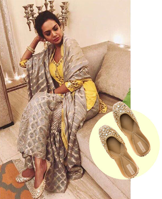 Esha Gupta IN NEEDLEDUST JUTTI