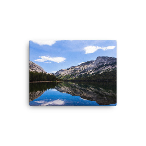 Yosemite landscape with reflections (4:3)