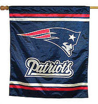 New England Patriots vertical flag - Sports Nut Emporium