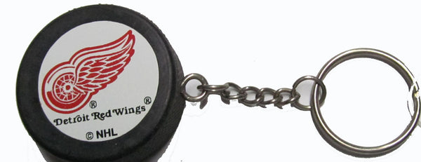 Detroit Red Wings hockey puck key ring - Sports Nut Emporium