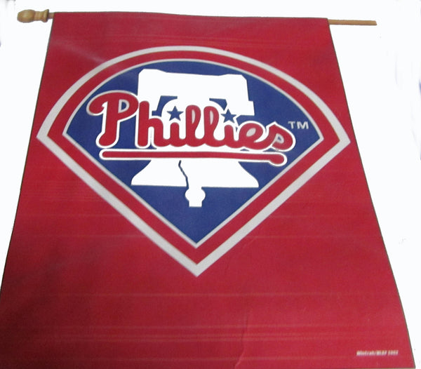 Philadelphia Phillies vertical flag - Sports Nut Emporium