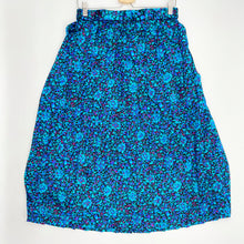 Load image into Gallery viewer, Midi Pleated Skirt