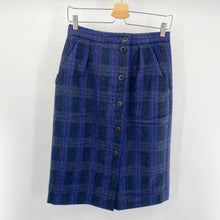 Load image into Gallery viewer, Tartan Button Front Skirt
