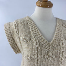 Load image into Gallery viewer, Cream Wool Sweater Vest