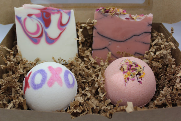 Valentine Artisan Soap and Bath Bomb Gift Box