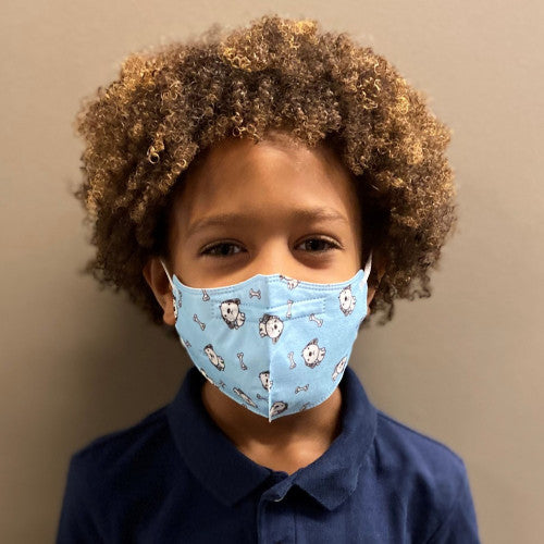 Child size KN95 protective face mask from C19PPE.org.  It has ear loops to hold the face-mask tight to your children's face, is made of a soft material & has a thin metal band to help seal around your child's nose.  The protective face mask helps protect you children from COVID-19 virus by filtering up to 95 percent of particles they breathe in.  Cloth face masks do not filter the air that your kid's breathe in and do little to protect you children from COVID-19 virus.  Protect your children at school.