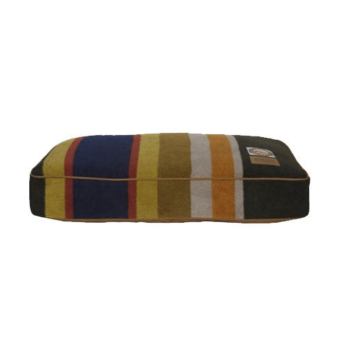 Carolina Pet Company Pendleton Dog Bed — Badlands National Park