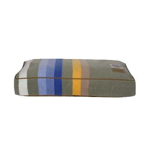 Carolina Pet Company Pendleton Dog Bed — Rocky Mountain National Park