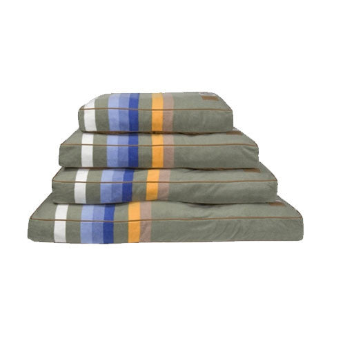 Carolina Pet Company Pendleton Dog Bed — Rocky Mountain National Park All Sizes Stacked