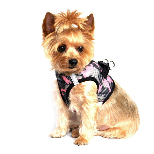 Doggie Design Cano American River Choke Free Dog Harness — Pink Camo on Dog Side View