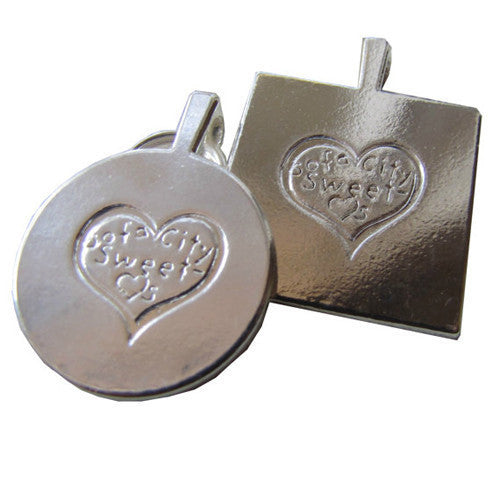 Sofa City Sweethearts Queen of Hearts Resin Art Dog ID Tag Back View