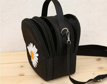 Load image into Gallery viewer, Daisy Petal Crossbody Bag - Momo Babe