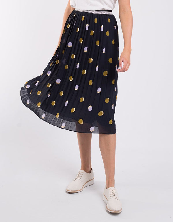 Elm Spot Soft Pleated Skirt Navy