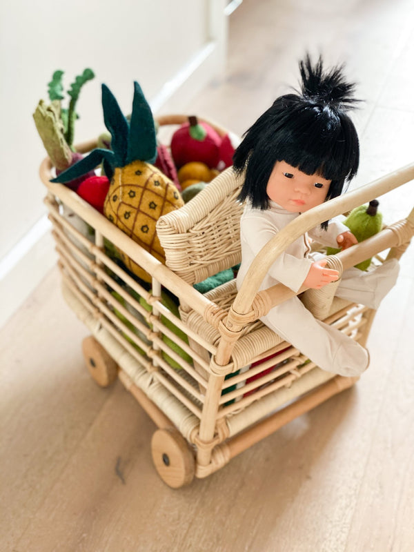 Tiny Harlow Doll's Shopping Trolley