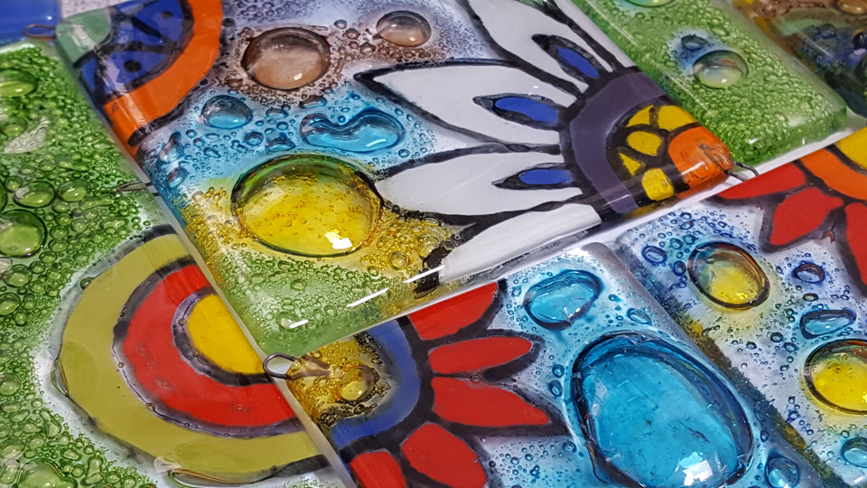 Small tiles made of Reclaimed window glass. Super colorful and playful. Ideal for mosaic, stained glass, hypertufa, oraments, backsplash and more.